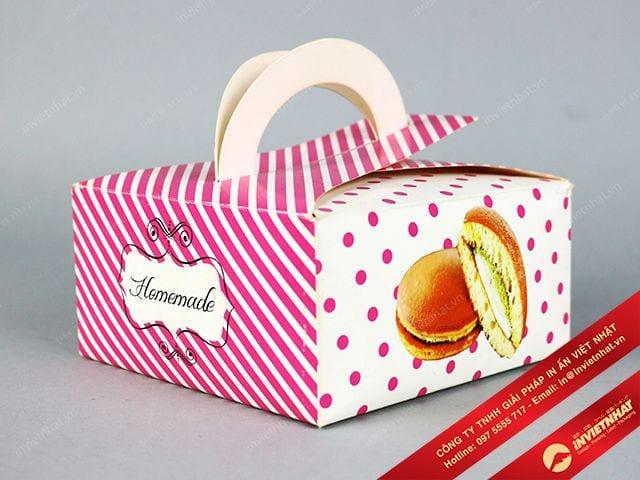 in hộp giấy đựng bánh rán doraemon