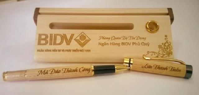 Hộp đựng bút giúp doanh nghiệp quảng bá tốt thương hiệu của mình
