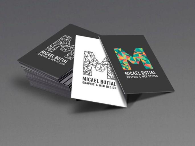 Mẫu card với phông chữ đơn giản