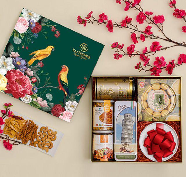 Quý khách có thể hoàn toàn yên tâm khi in ấn hộp đựng quà tại in Việt Nhật
