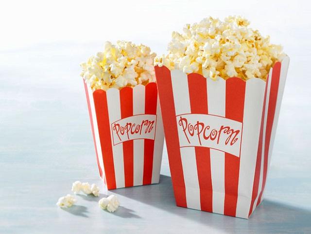 Phần lớn các rạp chiếu phim hiện nay đều có bán bắp rang bơ