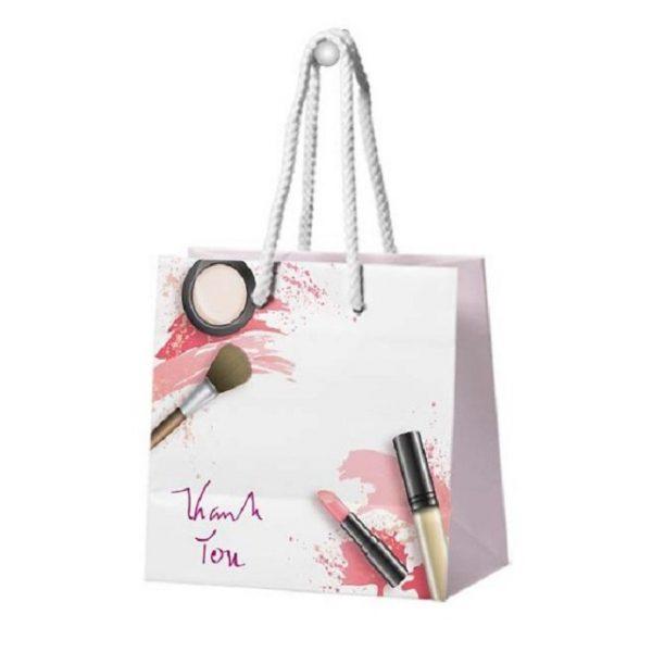 Túi giấy đựng mỹ phẩm làm tăng độ tin tưởng cho thương hiệu