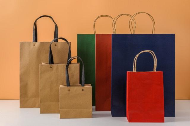 Túi giấy tái chế được làm từ những loại giấy đã qua sử dụng